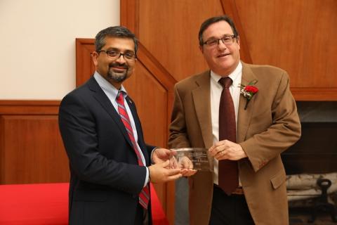 Professor Dordick receives Outstanding Professor of Engineering Award