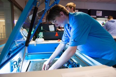 Students working in Rensselaer's student-run makerspace.